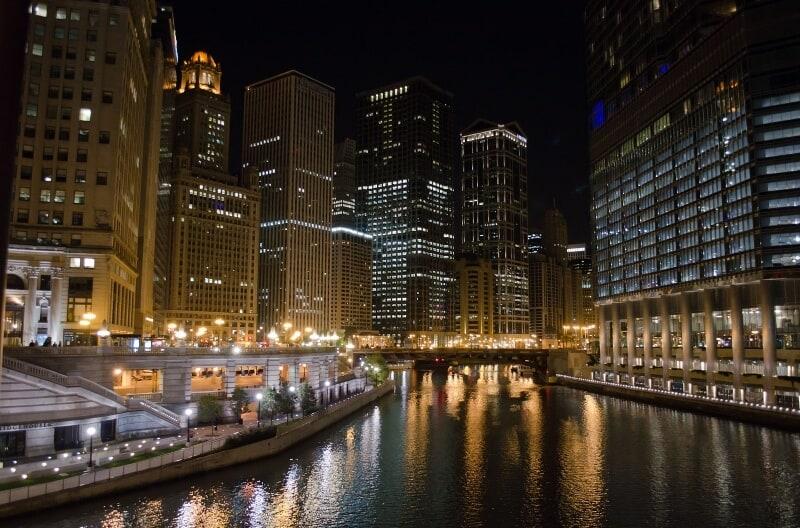 fly drone Chicago riverwalk