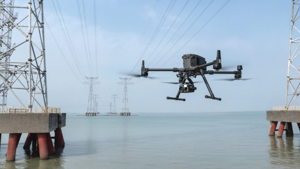 drones-5g-m300