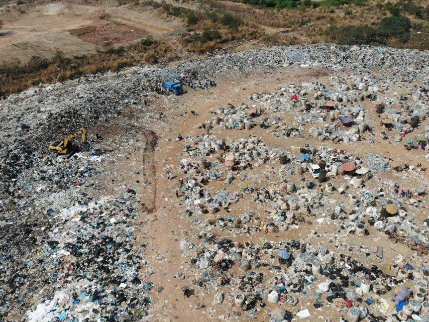 plastic-pollution-drones