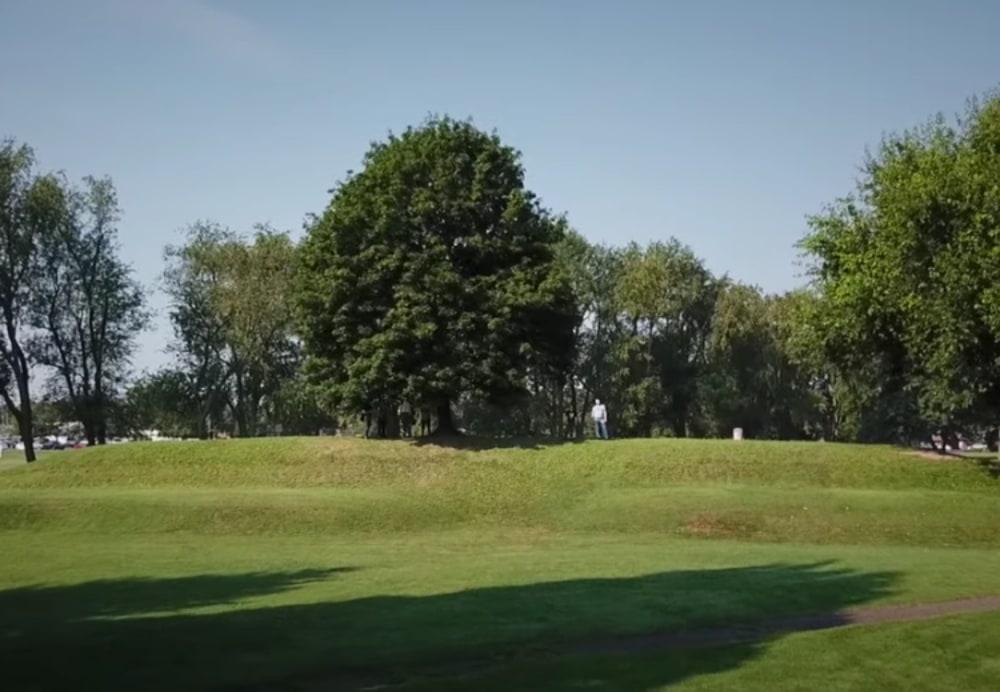 observatory-mound-hopewell-earthworks