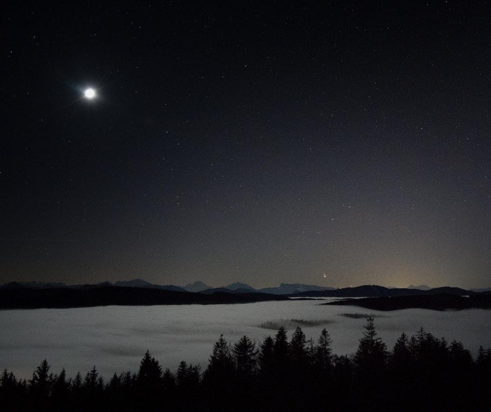 jupiter-at-night