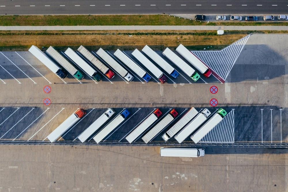 drones-surveillance-warehouse-operations